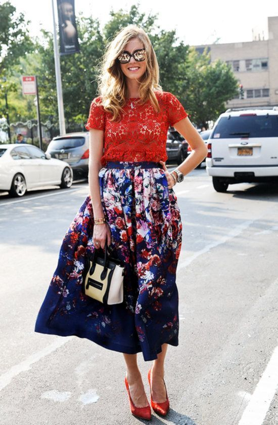 How to Wear a Navy Floral Midi Skirt (3 looks) | Women's Fashion