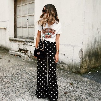 Black and White Polka Dot Pants Outfits For Women: Why not dress in a white print crew-neck t-shirt and black and white polka dot pants? As well as very practical, both pieces look incredible when worn together.