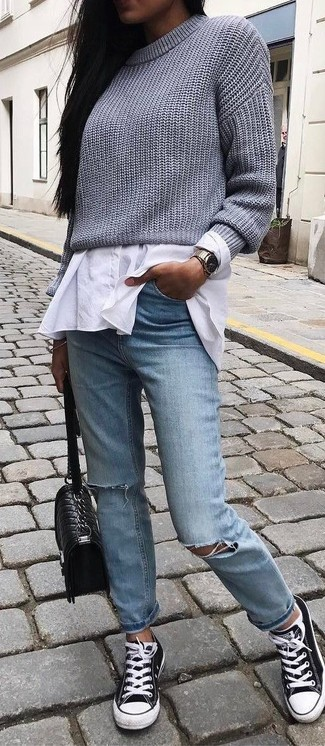 How to wear: grey knit cropped sweater, white dress shirt, light blue ripped jeans, black and white canvas low top sneakers