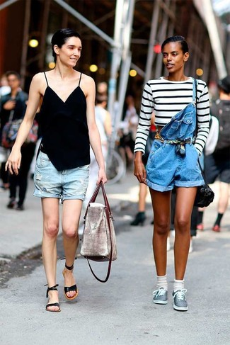 How to wear: white and black horizontal striped cropped sweater, blue denim overall shorts, grey plimsolls, black leather crossbody bag