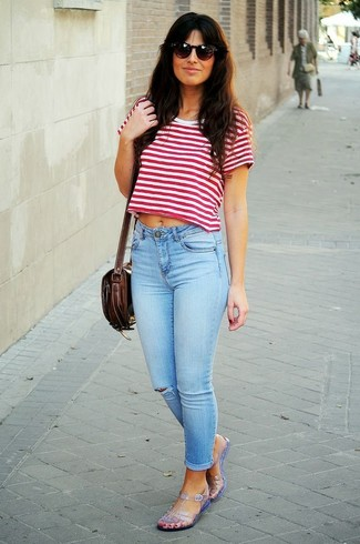 4ed515777956 How to wear  white and red horizontal striped cropped top