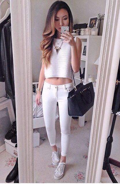 Women&39s White Crochet Cropped Top White Skinny Jeans White Low