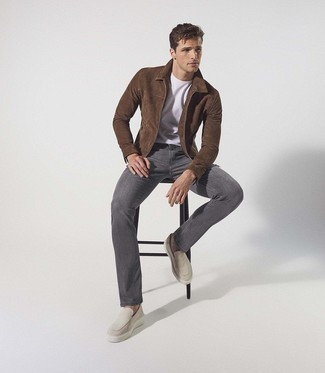 Charcoal Jeans Outfits For Men: A dark brown suede harrington jacket and charcoal jeans are a pairing that every style-conscious gentleman should have in his casual arsenal. Round off your outfit with beige suede loafers for a fashionable hi/low mix.