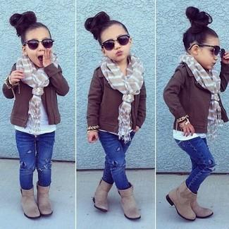 How to wear: dark brown jacket, blue jeans, beige boots, beige scarf