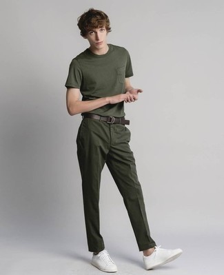 How to Wear a Dark Brown Leather Belt For Men: For a casual ensemble with a contemporary take, try teaming a dark green crew-neck t-shirt with a dark brown leather belt. Finishing off with white leather low top sneakers is the most effective way to introduce some extra classiness to this look.