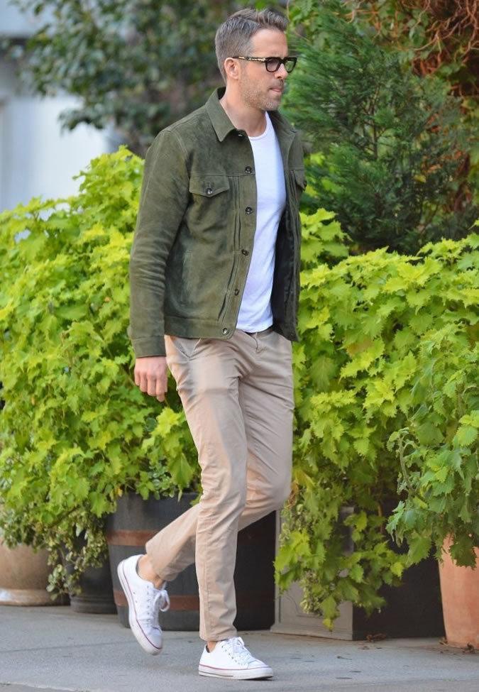 d3ebd0c9e Ryan Reynolds wearing Dark Green Suede Denim Jacket