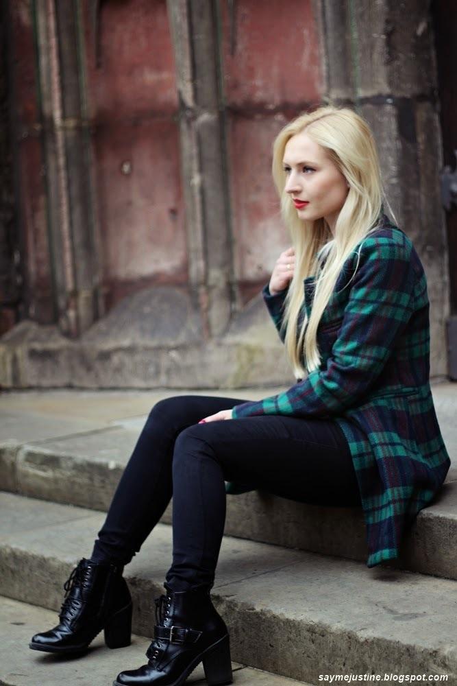 Womens Dark Green Plaid Coat, Black Skinny Jeans, Black -5975