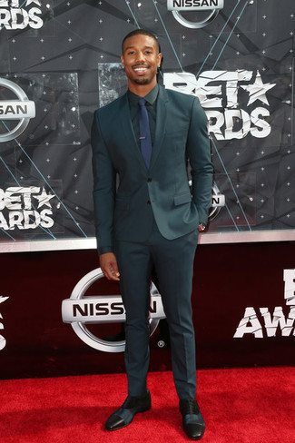 How to Wear a Dark Green Suit: Consider pairing a dark green suit with a dark green dress shirt for classic style with a twist. Black leather oxford shoes look wonderful here.