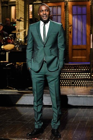 How to wear: dark green suit, white dress shirt, black leather oxford shoes, dark green tie