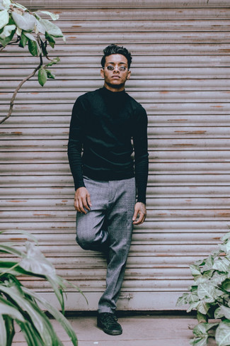 Grey Plaid Chinos Outfits: Stylish yet functional, this look features a dark green turtleneck and grey plaid chinos. Add a pair of dark green canvas low top sneakers to the equation and ta-da: this ensemble is complete.