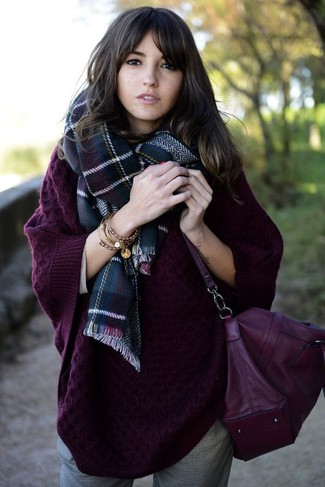 How to Wear a Dark Purple Leather Crossbody Bag: This casual combination of a dark purple knit oversized sweater and a dark purple leather crossbody bag is a safe option when you need to look great but have no time to pull together an outfit.