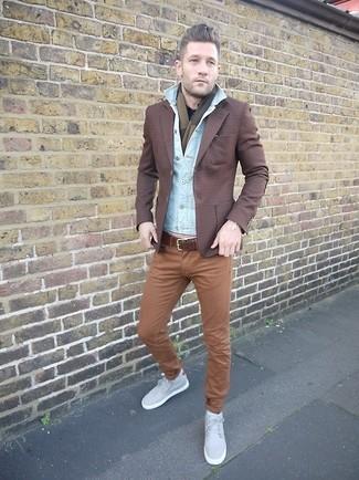 How to wear: light blue denim jacket, dark brown plaid blazer, black long sleeve shirt, brown chinos