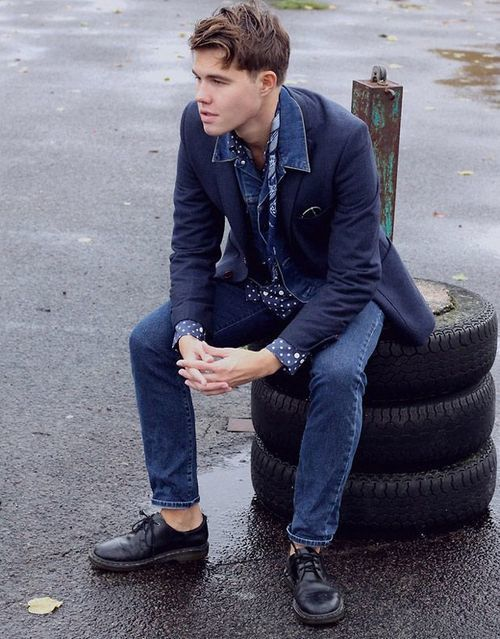 How To Wear a Navy Blazer With a Blue Denim Jacket | Men's Fashion