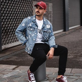 White and Black Print Crew-neck T-shirt Outfits For Men: A white and black print crew-neck t-shirt and black cargo pants are an easy way to inject muted dapperness into your casual collection. A trendy pair of burgundy canvas low top sneakers is an effective way to punch up this look.
