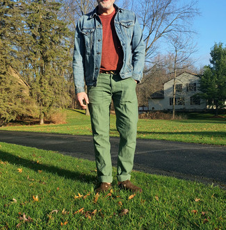 Blue Denim Jacket with Olive Pants Outfits For Men In Their 30s: Make a blue denim jacket and olive pants your outfit choice and you'll be ready for wherever the day takes you. Feeling inventive today? Spruce up this outfit with a pair of dark brown suede monks. As a 30-year-old, you probably want to start dressing like a grown-up. If that's the case, inspo like this comes in handy.