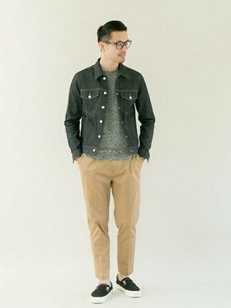 Khaki Chinos Outfits: A dark green denim jacket and khaki chinos are among the key items in any gentleman's great casual collection. A pair of black canvas slip-on sneakers finishes this look quite nicely.