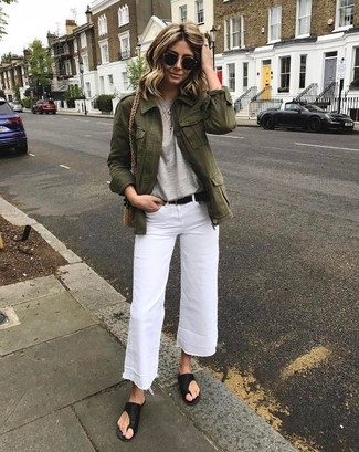 If you want to look cool and remain cosy, try pairing a Twist Front Tee with white denim culottes. Dress down this look with black leather thong sandals. As this combination proves, you can't think of a better choice for summertime.