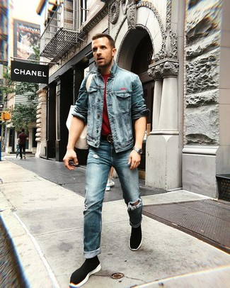 How to wear: blue denim jacket, burgundy crew-neck t-shirt, blue ripped jeans, black high top sneakers