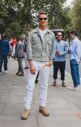 How to Wear Tan Suede Low Top Sneakers For Men: Such staples as a light blue denim jacket and white jeans are the perfect way to infuse effortless cool into your day-to-day styling routine. Add tan suede low top sneakers to the mix and ta-da: your ensemble is complete.