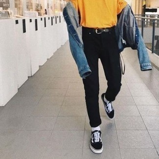 Blue Denim Jacket Warm Weather Outfits For Men: Pair a blue denim jacket with black jeans for a casual outfit with a contemporary spin. A pair of black and white canvas low top sneakers will be a stylish companion to your outfit.