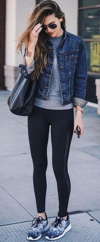 How to wear: navy denim jacket, grey crew-neck t-shirt, black leggings, navy athletic shoes