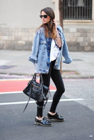 Light Blue Embellished Denim Jacket Outfits For Women: A light blue embellished denim jacket and black leggings are an easy way to inject effortless cool into your casual styling lineup. Add black leather oxford shoes to this look to instantly step up the wow factor of any ensemble.