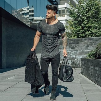 How to wear: black denim jacket, charcoal crew-neck t-shirt, black ripped skinny jeans, black suede chelsea boots