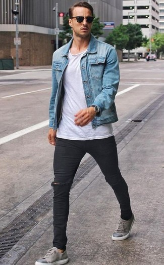 How to wear: light blue denim jacket, white crew-neck t-shirt, black ripped skinny jeans, grey leather low top sneakers