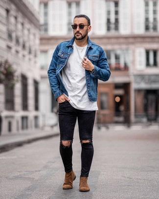 How to wear: blue denim jacket, white crew-neck t-shirt, black ripped skinny jeans, brown suede chelsea boots