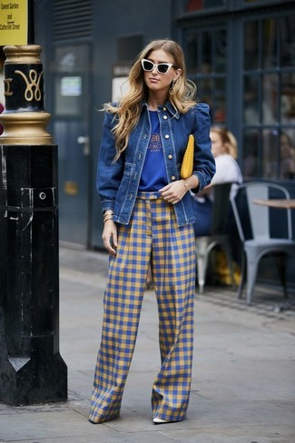 How to wear: blue denim jacket, blue print crew-neck t-shirt, blue gingham wide leg pants, white leather pumps