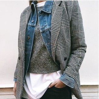 How to Wear a Houndstooth Blazer For Women: Fashionable and practical, this combination of a houndstooth blazer and black skinny jeans brings variety.