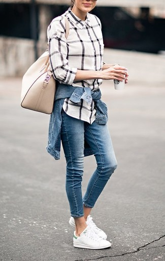 How to Wear a White Check Dress Shirt For Women: If you use a more casual approach to dressing up, why not team a white check dress shirt with blue jeans? A pair of white low top sneakers immediately amps up the wow factor of this outfit.