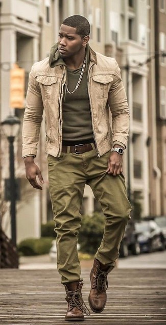 How to wear: beige denim jacket, olive hoodie, olive chinos, brown leather casual boots