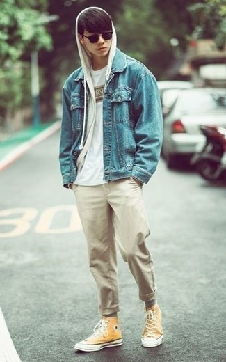 Light Blue Denim Jacket with White Hoodie Outfits For Men (3