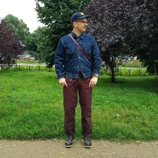 Navy Print Baseball Cap Outfits For Men: If you appreciate function above all else, wear a navy denim jacket and a navy print baseball cap. If you wish to effortlessly kick up your look with a pair of shoes, why not complement this look with a pair of black leather casual boots?