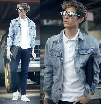 How to wear: grey denim jacket, white polo, navy chinos, white low top sneakers