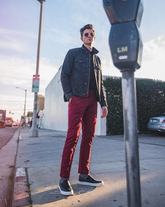 How to wear: navy denim jacket, black polo, burgundy chinos, black leather slip-on sneakers