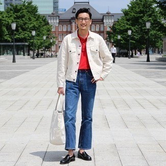 Blue Jeans Outfits For Men: Show off your sartorially savvy side by opting for a white denim jacket and blue jeans. Why not take a classic approach with shoes and complement this look with a pair of black leather loafers?