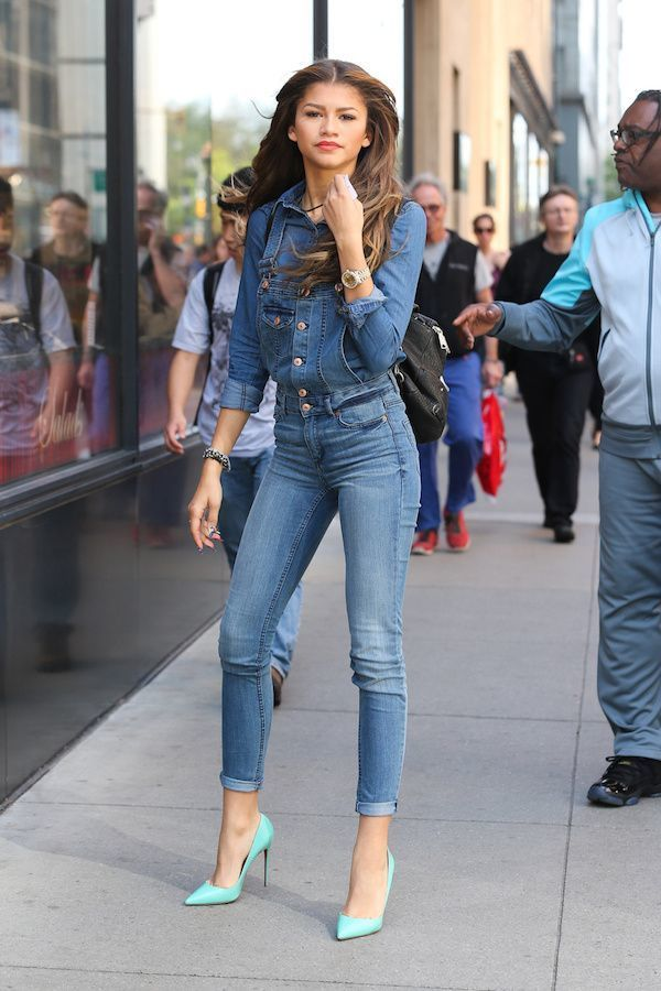 Zendaya wearing Blue Denim Jacket, Blue Skinny Jeans, Mint Leather ...