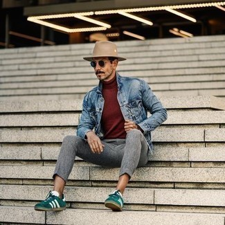 Burgundy Turtleneck Outfits For Men: This relaxed combo of a burgundy turtleneck and grey chinos is extremely easy to throw together in no time, helping you look sharp and prepared for anything without spending too much time combing through your closet. Don't know how to finish? Complement your outfit with a pair of dark green suede low top sneakers for a more relaxed aesthetic.