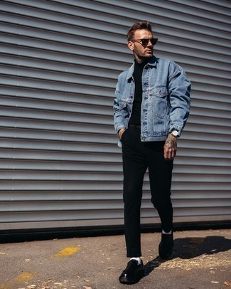 White No Show Socks Outfits For Men: This casual combo of a blue denim jacket and white no show socks is simple, sharp and super easy to recreate. For a classier twist, add black leather loafers to your ensemble.