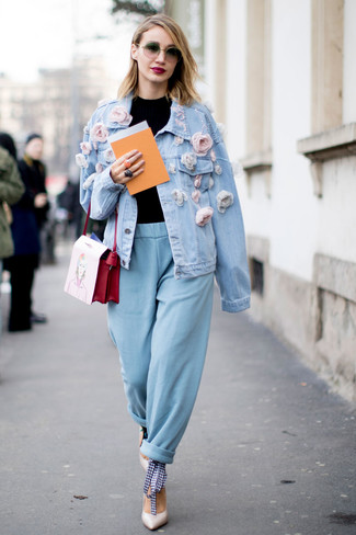 Light Blue Embellished Denim Jacket Outfits For Women: For a look that offers practicality and style, wear a light blue embellished denim jacket and light blue tapered pants. And if you wish to effortlessly perk up this outfit with shoes, why not complete this ensemble with a pair of white leather pumps?