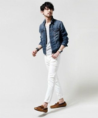 Driving Shoes Outfits For Men: This off-duty pairing of a navy denim jacket and white jeans is ideal when you want to go about your day with confidence in your ensemble. If you're wondering how to finish off, a pair of driving shoes is a nice option.