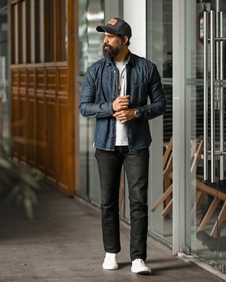 Black Print Baseball Cap Outfits For Men: A navy denim shirt and a black print baseball cap are a great outfit formula to keep in your casual closet. Feeling adventerous? Spice up your ensemble by rounding off with a pair of white canvas low top sneakers.