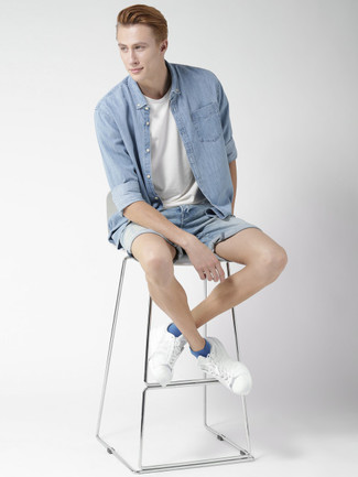 How To Wear Light Blue Denim Shorts With White Sneakers In Your 20s For Men: A light blue denim shirt and light blue denim shorts? It's an easy-to-achieve outfit that you can rock on a day-to-day basis. Go ahead and introduce a pair of white sneakers to this look for a fun touch.