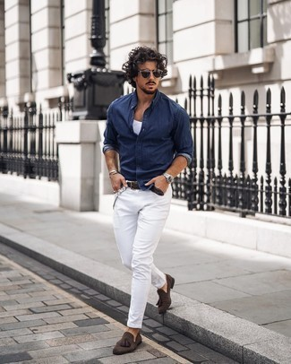 Belt Outfits For Men: Why not marry a navy denim shirt with a belt? These two items are totally practical and will look awesome when paired together. A good pair of dark brown suede tassel loafers is an effortless way to infuse a touch of elegance into this outfit.