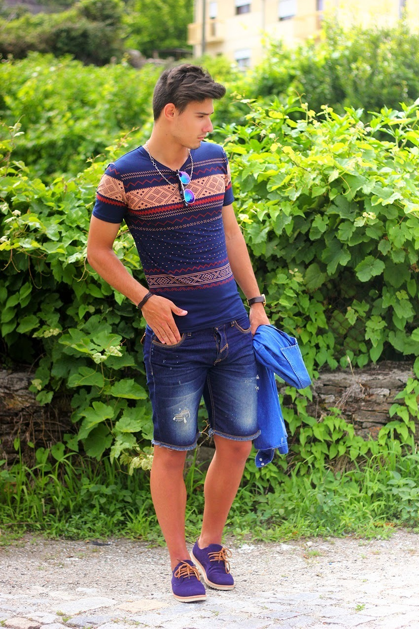 Which V-neck T-shirt To Wear With Blue Shorts   Men's Fashion