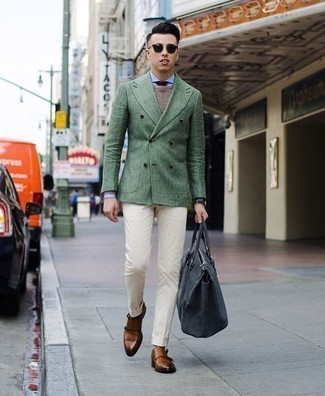 How to Wear a Burgundy Tie For Men: This refined combination of a dark green double breasted blazer and a burgundy tie is a must-try outfit for any modern gentleman. When this look is too much, dress it down by sporting a pair of tobacco leather double monks.