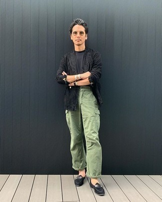 Mint Cargo Pants Outfits: A black double breasted blazer and mint cargo pants are among those versatile pieces that have become the absolute mainstays in our wardrobes. Throw a pair of black suede loafers into the mix to easily boost the wow factor of any outfit.