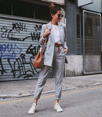 How to wear: grey check double breasted blazer, white crew-neck t-shirt, grey plaid dress pants, white canvas low top sneakers